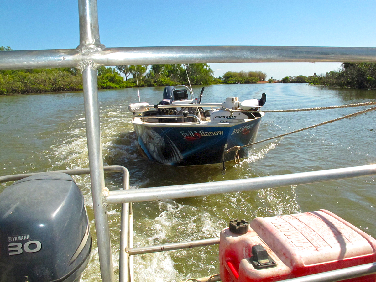 You can tow your own boat behind one of the houseboats for hire at Corroboree Billabong.